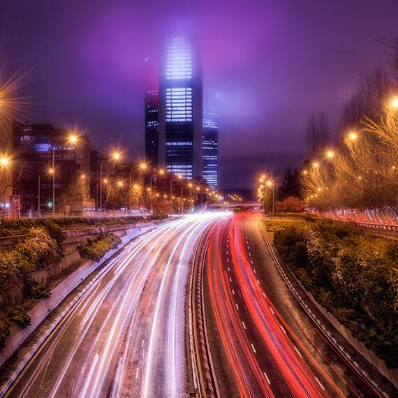 Madrid Faros en la noche