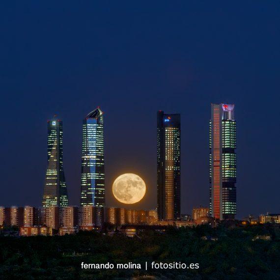 Super luna en Madrid