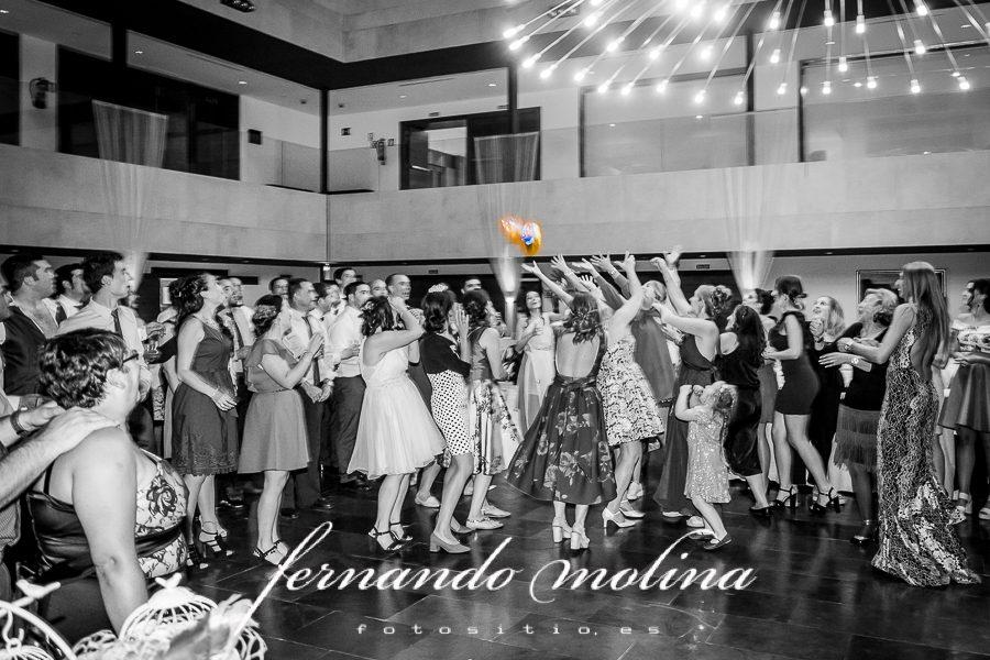 Fotografías y álbum de boda en Tabanera del Monte Segovia