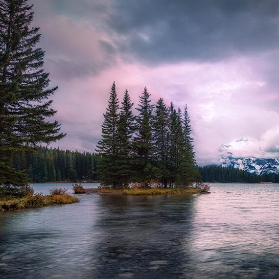 Canadá Two Jacks Lake Fria luz