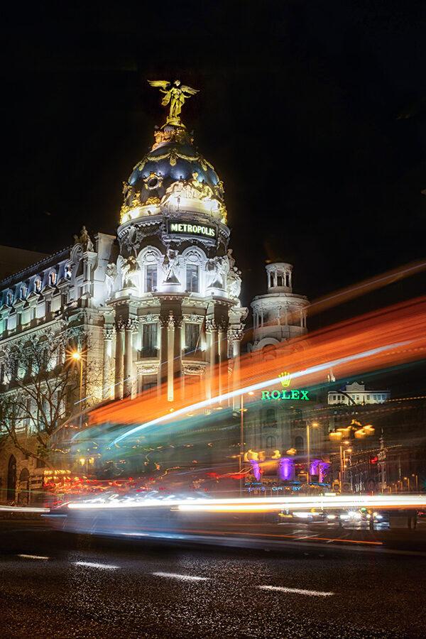 Fotos de Madrid Edificio Metrópolis de noche